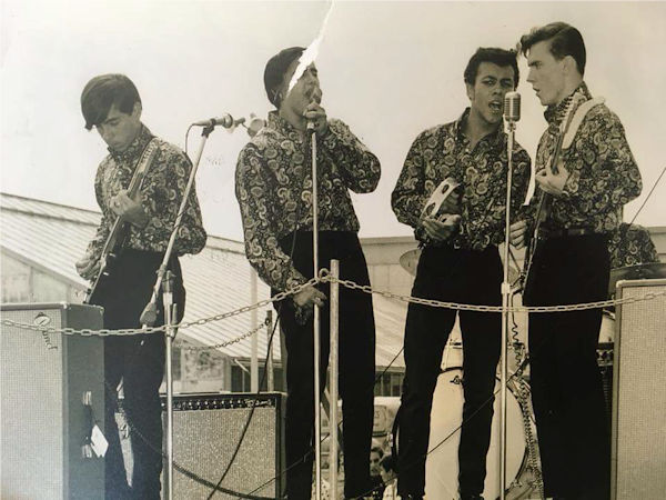 The Younger Generation at the Battle of Bands contest, Hicksville, 1967. Left to right, Alan Galasso (guitar), Johnny Rosolino (lead vocals), Louis Mayhew (vocals), Jim Dean (vocals, guitar), Roland Donisi (drums, hidden)
